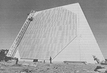 Solid state phased array radar system circa 1959.